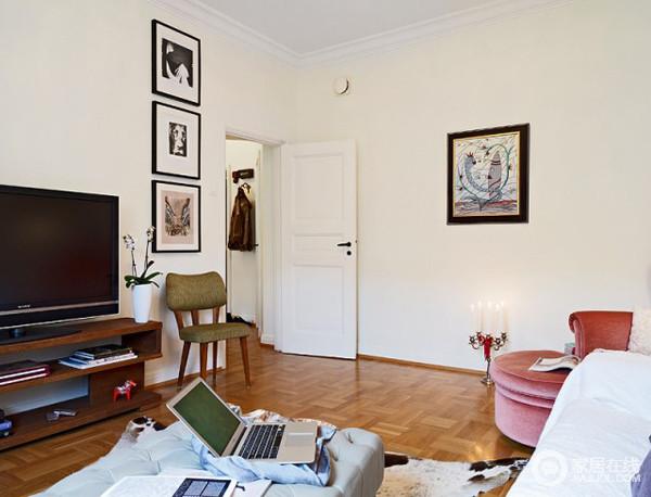 单身公寓_欧式客厅_270411-家居在线装修效果图