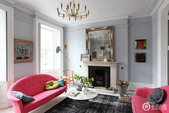时尚色彩点缀北欧客厅装修案例