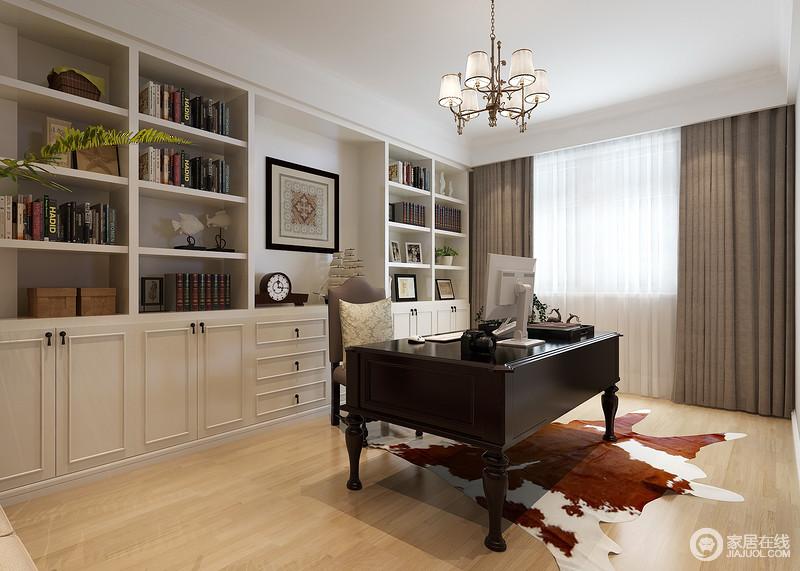 实用书柜 客厅一面墙书柜如何不压抑图片