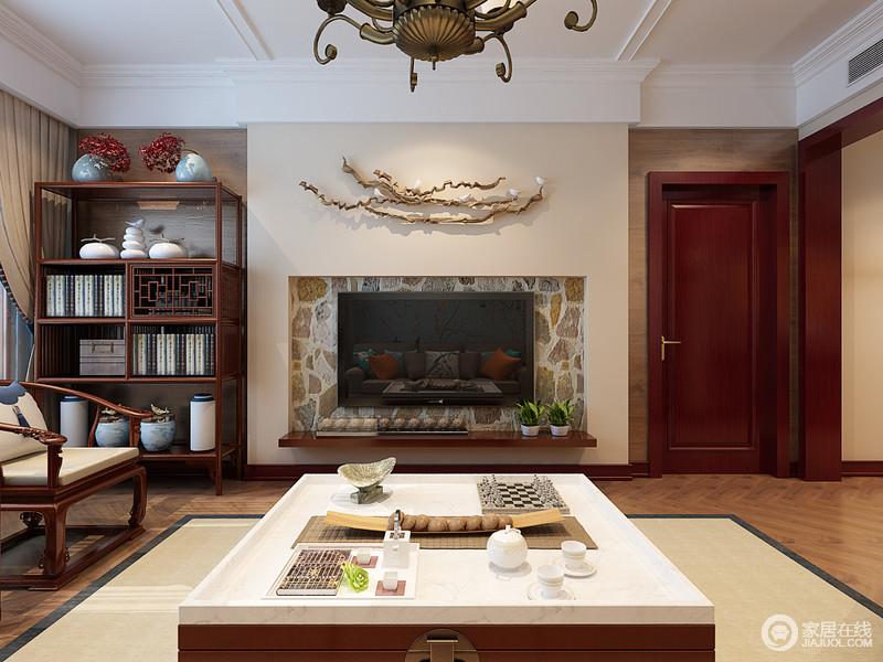 装修图库 客厅 中式 客厅电视墙加入了原始粗犷的砖石结构,勾勒出壁炉