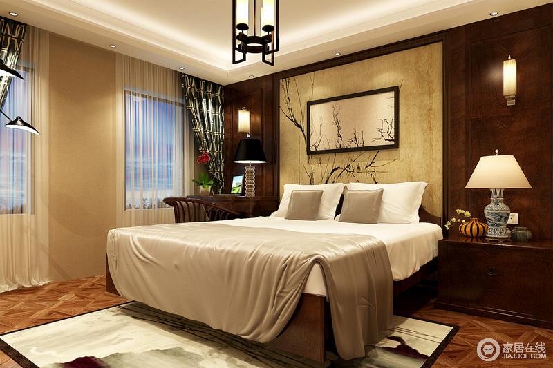 沉郁的棕木墙板装饰,深浅色调间既不过于厚重,也保持了温馨舒适;床头图片