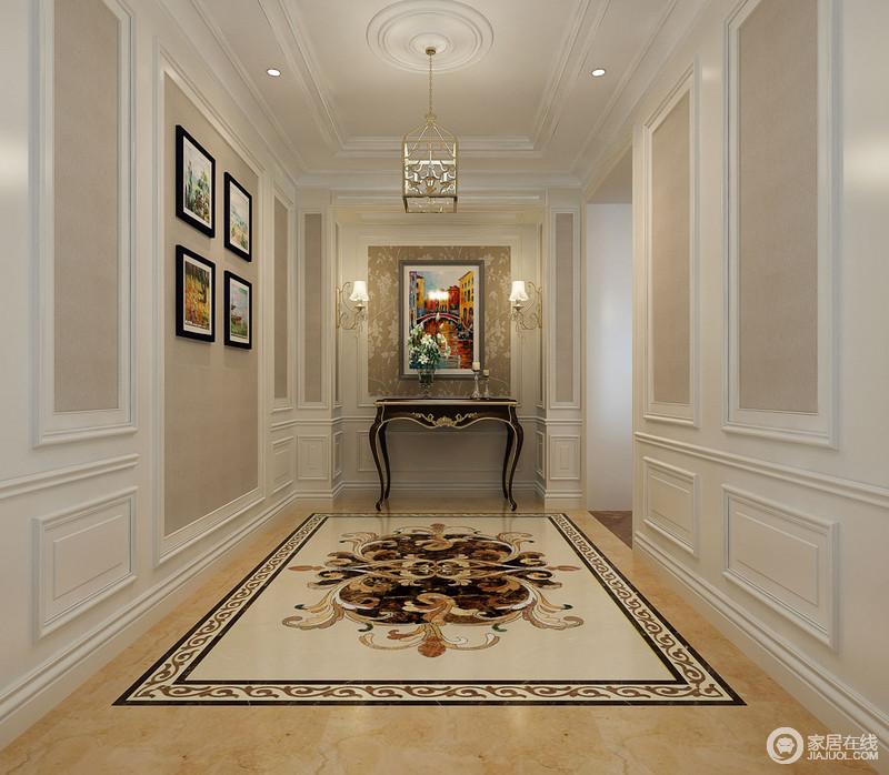 水彩挂画,花纹壁纸与地板上欧式古典拼花彰显西方的典雅,描金边桌上透
