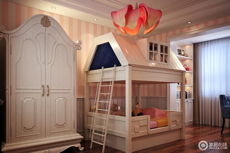 装修图库 儿童床打造为一间木房子造型,俏皮了许多;衣柜也采用别致的