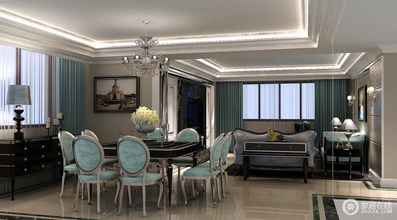 并与灯带让整个吊顶具有线条感;欧式金属吊灯搭配绿色餐椅,而新古典