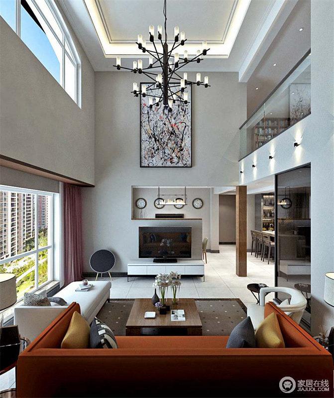 因为挑高,客厅几何结构感犹为强烈,设计师利用主体造型的吊灯中和视觉图片