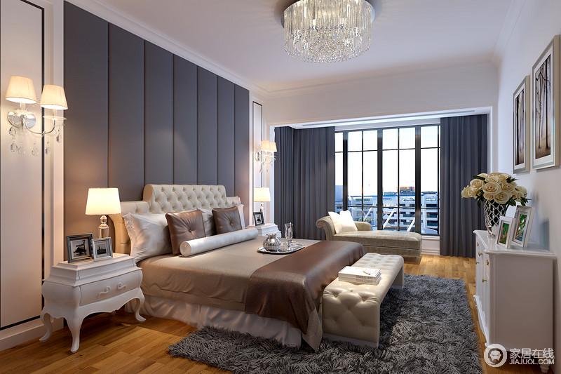 卧室的背景墙以灰色几何皮包为造型,与窗帘一取色彩之