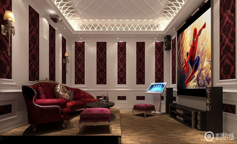 搭配深红色,米白色等,表现出古典欧式风格的华贵气质.