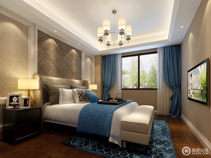 床头软包和地毯几何图案,形成首尾呼应.