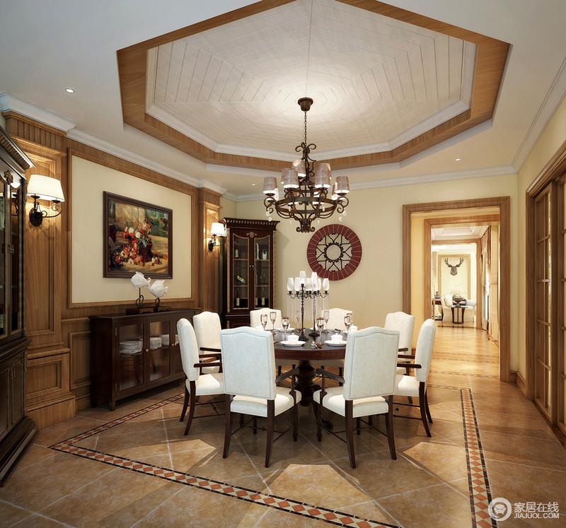 餐厅八角形吊顶配上木质装饰墙面,土色仿旧砖低调中透露出些许奢华图片