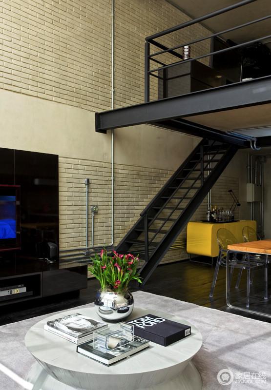 温馨时尚loft空间 简单大气设计风格可鉴