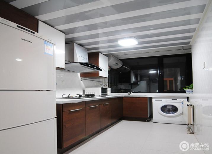 60平米旧房翻新 打造温馨别致的小窝