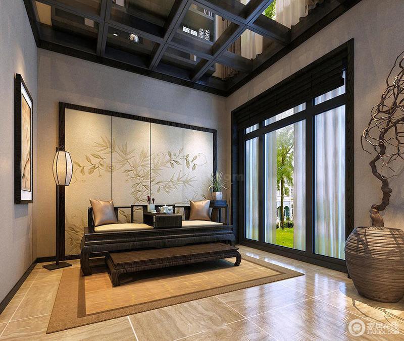 雅致的背景墙设计,刚好与中式风格的条案遥相呼应,品品茶