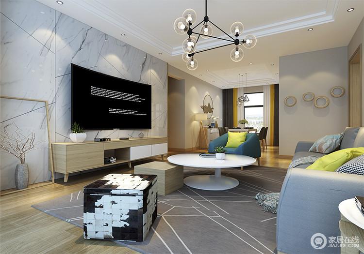 客厅部分是一个较为宽敞的公共部分,对整体的视野和尺寸有了新的感受,在这样一个空间,会客,休息,甚至办公都得到满足。