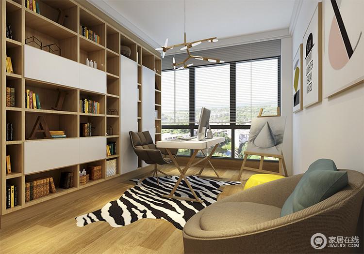 白色和原木色搭配点缀,移植了北欧人自然质朴的特性,并在地面铺黑白地毯,与内部木地板做出明确区分;将窗外的采光延伸至室内,缓解原先过道采光不足的窘境。