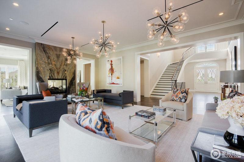 增加设计效果,更要注意软装家具搭配。