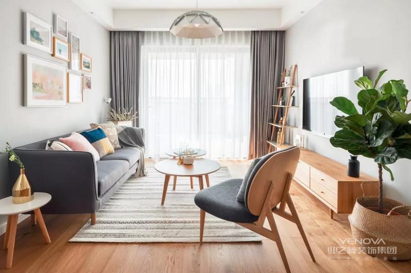 今天推荐的是89㎡北欧风格装修,家是最应该让人觉得安全与舒适的地方,因此它最值得所有的好设计。