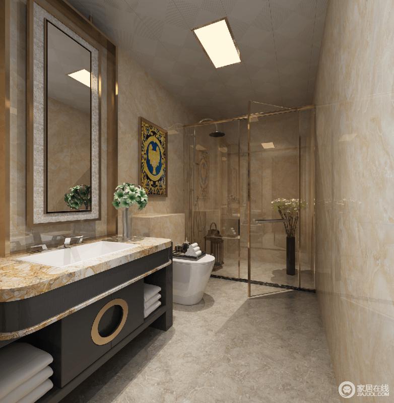 整个空间以米色为基调,搭配金属感的线条装饰,明亮大气。