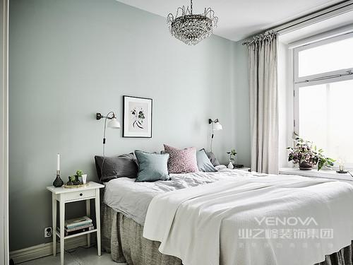 卧室浅色调搭配与整体风格相呼应