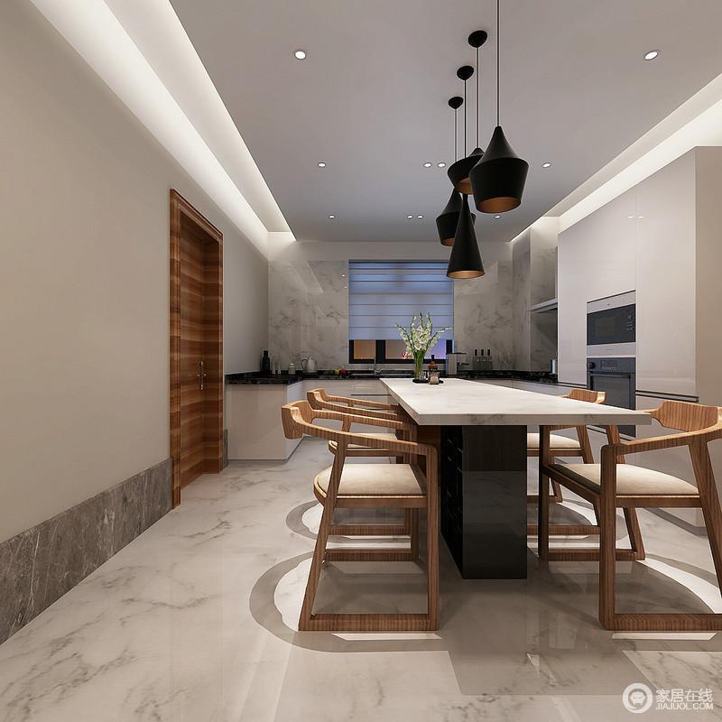 餐厨一体式空间以动线分隔空间,却强调空间的互动性;白色理石的文脉多了天然优雅,并延续致厨房,张扬着材质带来的素色通透,而白色橱柜与黑色理石台面的对比,和嵌入式电器设备区以黑白表达抽象简单,却十分显品质;餐厅黄铜吊灯和黑白餐桌带来现代时尚,而实木餐椅的轻便让你感受生活的舒怡。