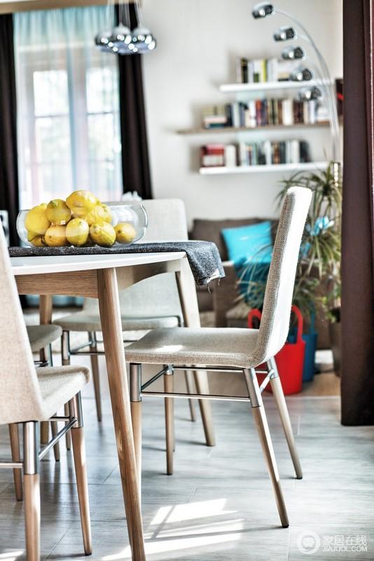 空间布局与功能储物搭配细节于家具作为主要点缀。