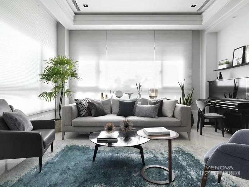 居室特点,现代简约风格的室内空间比较明亮开阔,非常通透,在空间设计中追求不受手拿配重墙的限制,室内的地板。