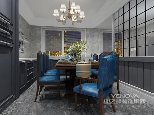 这是一个现代美式四居,设计师在遵循现代线条的基础上,融入了新的艺术形式,为居者筑一处诗意、享一袭闲适的雅致空间。整体空间以几何面的设计让空间充满了立体之美,可谓平静中寓于线条动感;色彩搭配上,以灰、墨蓝和白色调为主,让每个空间充满了现代优雅,给你一种生活的宁静和闲适。虽然这是一个现代美式空间,但是设计师将古典、简欧元素与之组合在一起,让空间虽然色调偏冷,却不是生活的热情和温馨。
