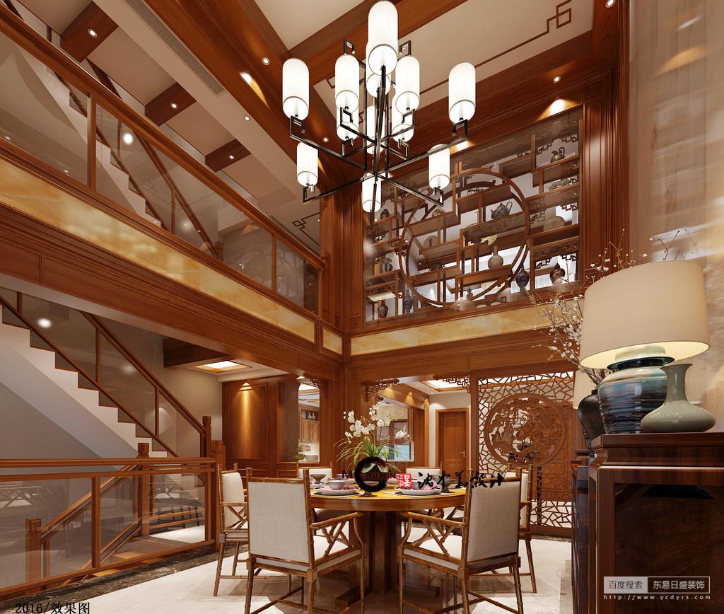 空旷的餐厅和有着透明扶手的楼梯,拉近了家人直接的沟通