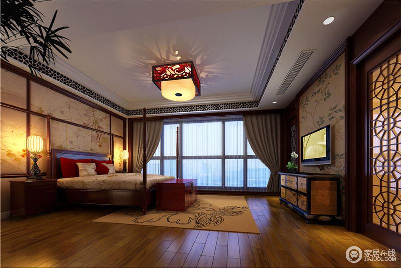 卧室用实木做出结实的框架,以固定支架,营造一种东方的意境;背景墙的棂子雕花以古朴的图案,增加空间的立体感,驼色系的软装配饰,渲染温馨。