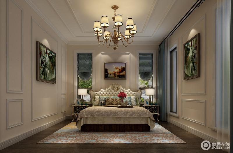 卧室以白色石膏围筑整个空间从吊顶到墙面,以几何造型尽显立体美学;欧式黄铜吊灯与墙面墨绿色的挂画、蓝色椭圆床品呼应着欧式贵气,新古典金属床头柜随显陈旧,但是台灯明朗的光线,让整个空间多了温馨感;欧式金属床头与软包设计倍显尊贵,浅蓝色花纹地毯和驼色床品以欧式艺术,让你在温馨之余,感受古典艺术。