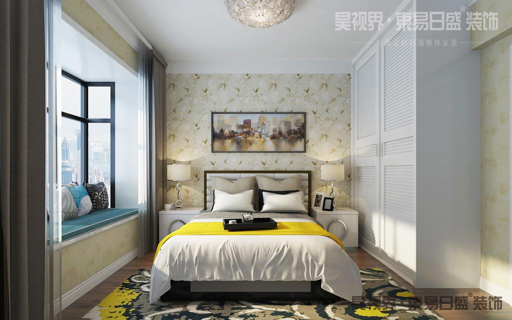 双人床和床头柜设计,搭配床头背景墙,温馨感由内而生。