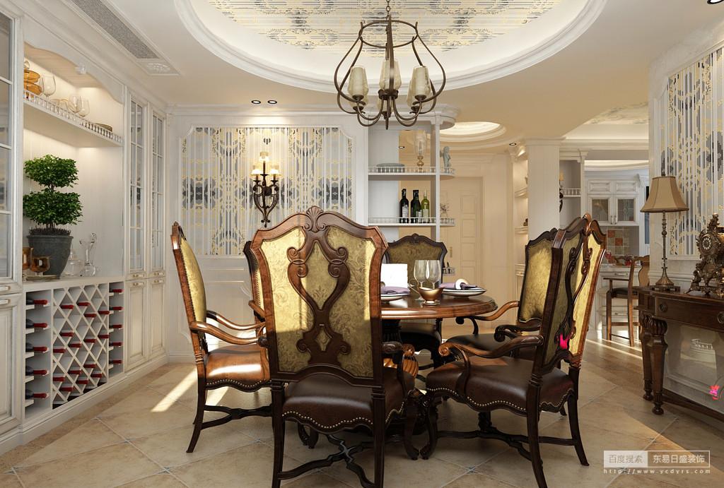 正式的餐厅配上香嫩可口的饭菜是邀请客人的最佳选择