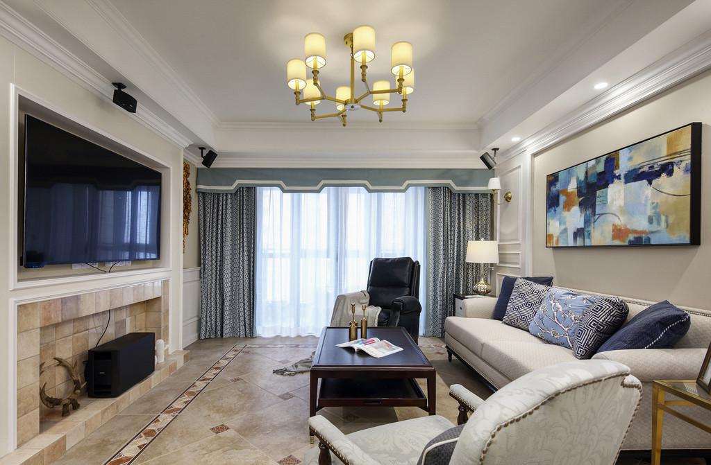 沿用了美式仿古砖的特点,但是仿古砖颜色从深色换成浅色,与空间搭配十分吻合。