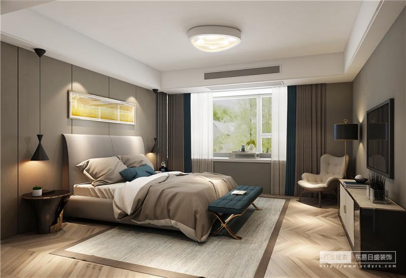 卧室的设计并没有对吊顶结构进行改动,而是经过墙面处理,让其洁净笔直;灰色板材打造得背景墙多了几何的线性之美,而黄色麦田的挂画与之呈亦明亦暗的效果,沉静中蕴有明快;黑色筒灯和个性的圆几给整个房间带来时尚与庄重,驼色床品及原木菱形地板在墨绿色床尾凳的调和中,更为温馨素雅。