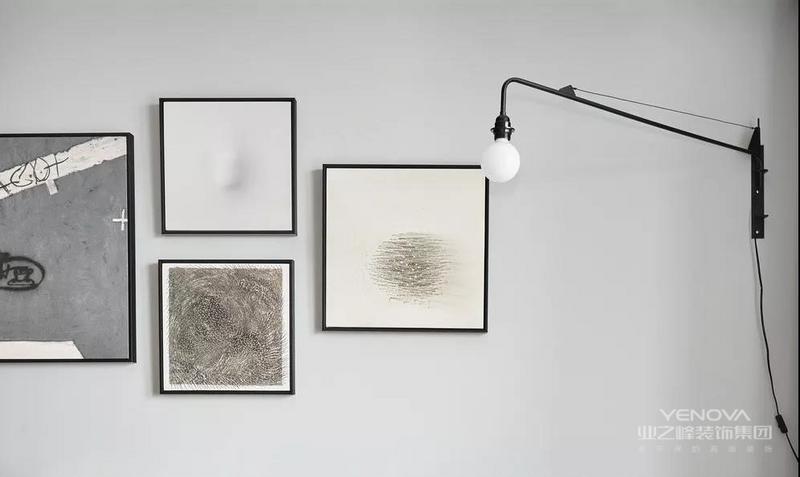 现代简约风格追求的是空间的实用性与灵活性,空间的划分不一定要隔墙,隔断也可以是室内很好的一种装饰,而且这样的空间划分方法更具灵活性、兼容性和流动性。