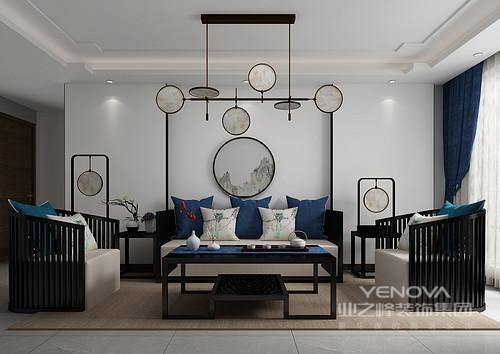 客厅的设计以留白的形式为主人打造一个颇为简洁的空间;实木展陈柜与博古架放置在电视墙两侧,无形中将东方阵列之美凸显出来,渲染了中式气息;新中式沙发组合十分精秀,搭配茶几上的茶器,多了份禅静,再加上驼色地毯的衬托,更多了份返璞归真。