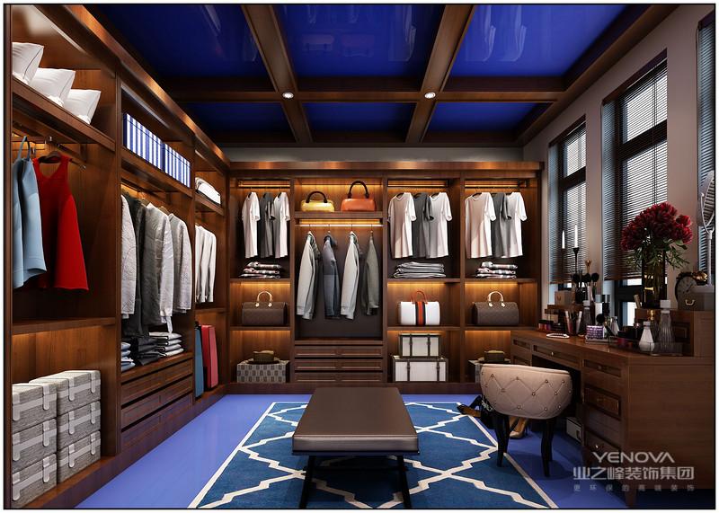 中式风格出现在中国传统文化复兴时期,其中完美的将中式风格与现代风格和谐的融合在一起,打造出一个既有中式韵味又有现代艺术的新中式家居。新中式风格的出现既满足了现代人对于中国传统文化精神的追求,又能体现出现代人对于传统中国文化的现代感的理解。下面就跟随小编来通过新中式风格设计说明详细的了解一下新中式风格。