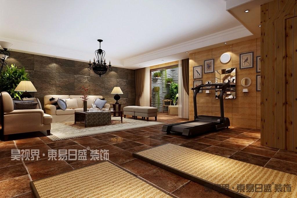 设计师将休闲室与健身房结合,大面积的砖石和原木材质的使用,令空间释放出恬淡的自然气息,打造舒适惬意的休闲空间;阳台上,同样的砖石墙面上,大量植物的装点,散发着拙朴自然的幽雅。