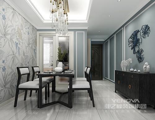 餐厅的地面铺贴了灰色木纹质感的地砖,与蓝色的墙面形成色彩反差,素雅而得体;浅色花卉壁纸带来一种天然的意境,而实木家具有条不紊地陈列既精致又得体大方。