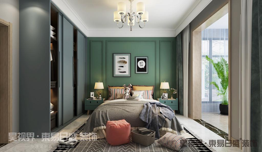 二楼次卧是儿童房,线条简约,色彩沉静,低调中透着理性,是带来优质睡眠的氛围。