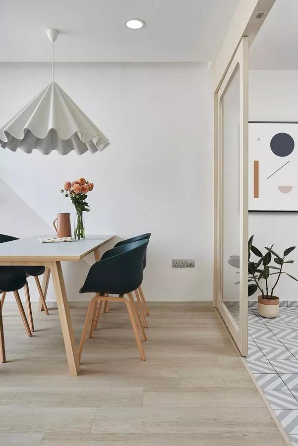 简单、随性、不追求富丽堂皇的设计,不论是建筑或是居家空间,