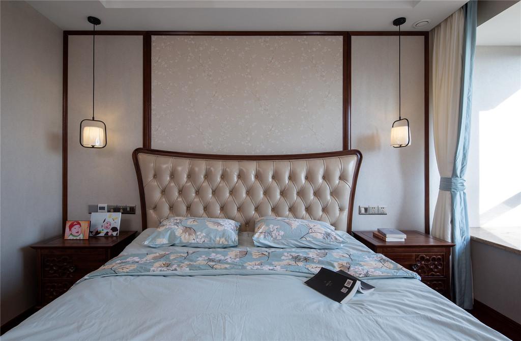 卧室是人们最好的休息空间,应该具有安静、温馨的特征。