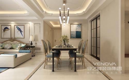 三居室的空间,让主人生活得舒适,大格局,更富空间感;结构上,经过对原门厅、厨房及主卧进行储物规划,巧妙而合理地作了收纳区;其次,厨房及次卧简单拆改,充分利用空间,解决了采光问题,并拓宽了空间,增加了休息区,让主人在每个空间都能享受阳台佛面。色彩上,以深浅不同的驼色营造柔和地层次,同时以蓝色、绿色等彩色作为点缀,让空间拥有色彩魅力。造型上,以矩形为主,却将吊灯设计为花形,并配以个性的欧式或者现代感的灯具,将光与艺术呼应出饱满的艺术感;总之,就是通过多元素地综合运用,让空间变为主人的放松之地。