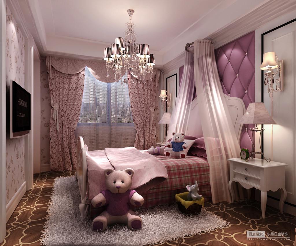 粉色的女孩子房间里,碎花、格纹等迥然的纹饰大面积的营造空间,带来浪漫与梦幻的甜美情调;白色的护墙板与绒毛地毯,在粉紫色中点缀出几分干净的纯真和童真;散落在各种的毛绒玩物,活泼又充满了可爱童趣。