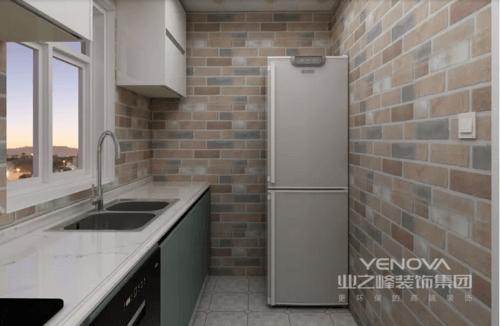 厨房以土灰色砖石铺贴出自然的朴质,淡绿色的橱柜搭配白色台面,给予空间另一种自然的清新;规划得体也让生活便利了不少,小空间不乏实用,也正是简约设计体现出生活的小质感