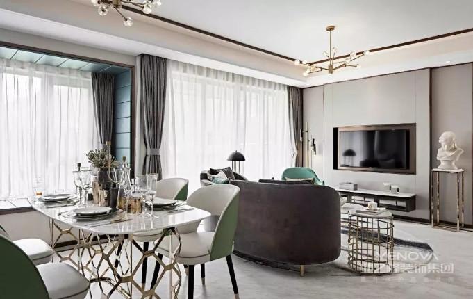 简洁和实用是现代简约风格的两个基本特点。简约装修是比较实用的装修方案,它不仅可以缓解现代生活所带来的生活压力,用较少的钱获得自己满意的装修案。此外,现代人对家居节能环保要求日益提高,要绿色家居,低碳生活。另外简约风格方便日后的再装修。