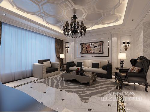 华贵的空间气质,从八角形浮雕天花蔓延于室;嵌入墙体的罗马柱与典线装饰映衬,锦簇缤纷暗纹印花对于墙面的诠释,令空间浪漫精致;黑白棕现代与古典沙发的混搭,愈发凸显空间的精雅奢丽。