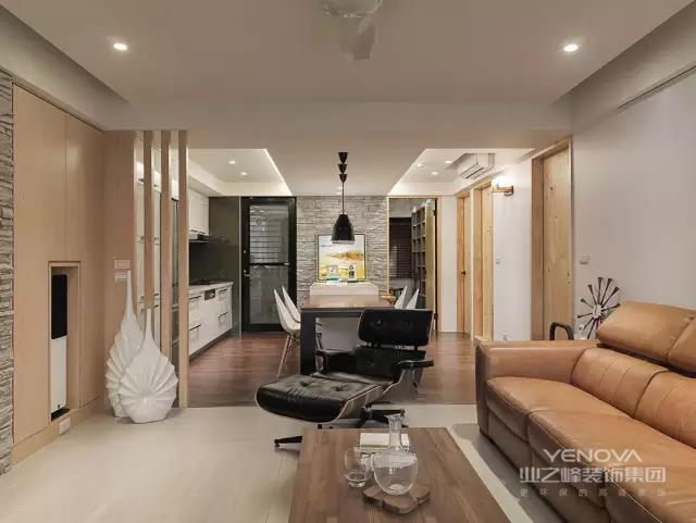 现代简约风格以简约的表现形式来满足人们对于简约却不简单的居室环境的要求,由于现代人快节奏、高频率以及满负荷的生活节奏,导致了人们需要在一天的工作之余,想要得到一个简约型的空间来得到一个心灵的放松,希望能够在家中摆脱世俗的繁琐、复杂并且追求简单、自然的的生活状态。