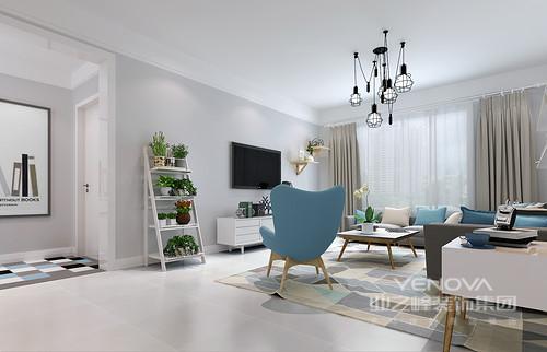 清新自然的植物是北欧风格中必不可少的,客厅里在电视柜旁边布置了置物架,一下子使空间自然感增强。通往内室的走廊上,缤纷马赛克地毯呼应了客厅地毯,使视觉上形成关联。