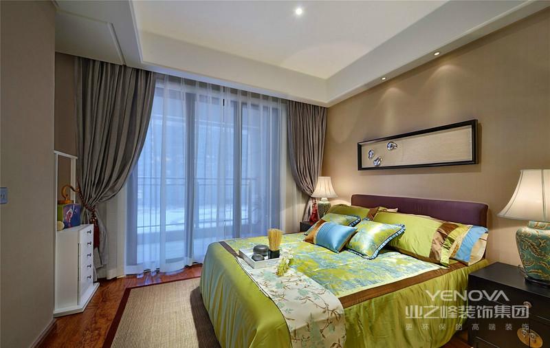 卧室典雅别致,大气表现得淋漓尽致,也罢品质家居完美的诠释。
