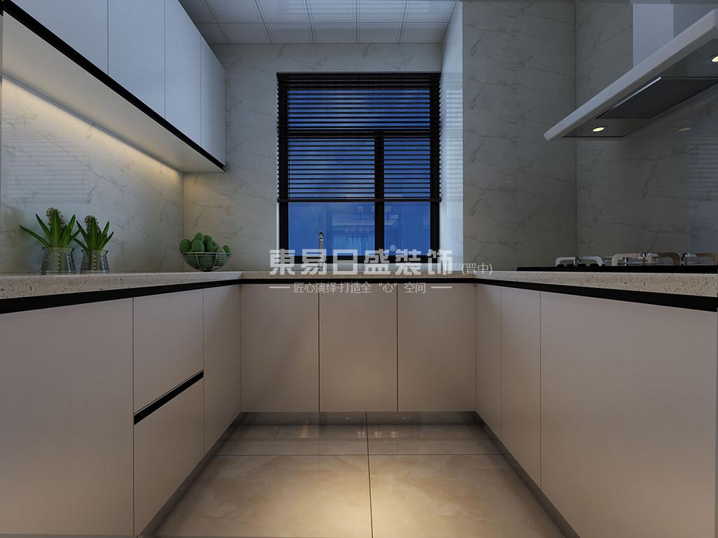 厨房的设计线条简单,没有用多余的物品来进行装饰,为户主留有更多的活动空间。橱柜的设计整体呈白色,黑色内嵌把手的装点充满个性。在这样的厨房里户主们可以来一场个性化的美食大战。